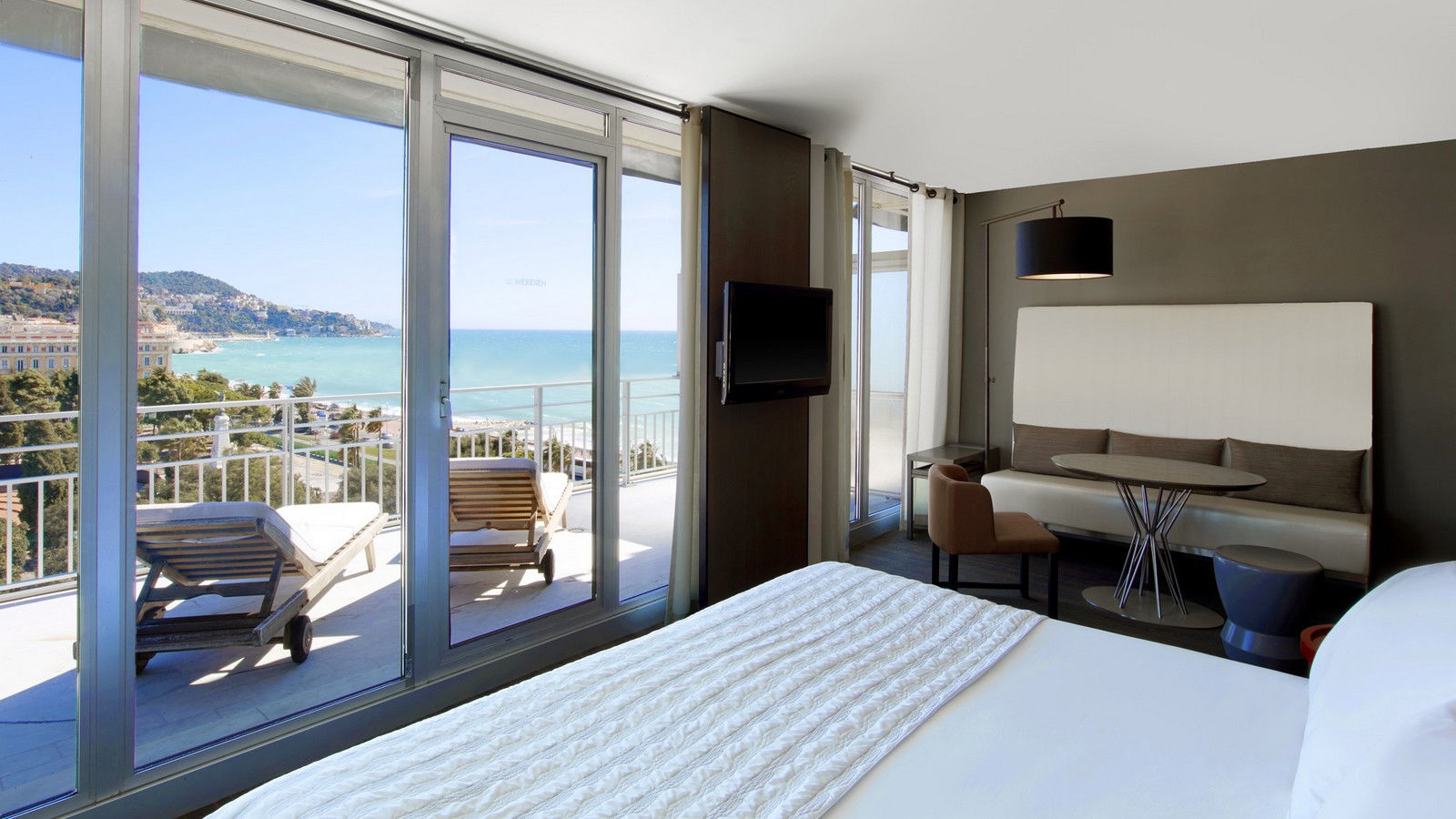 Junior Suite Gardens and Sea View