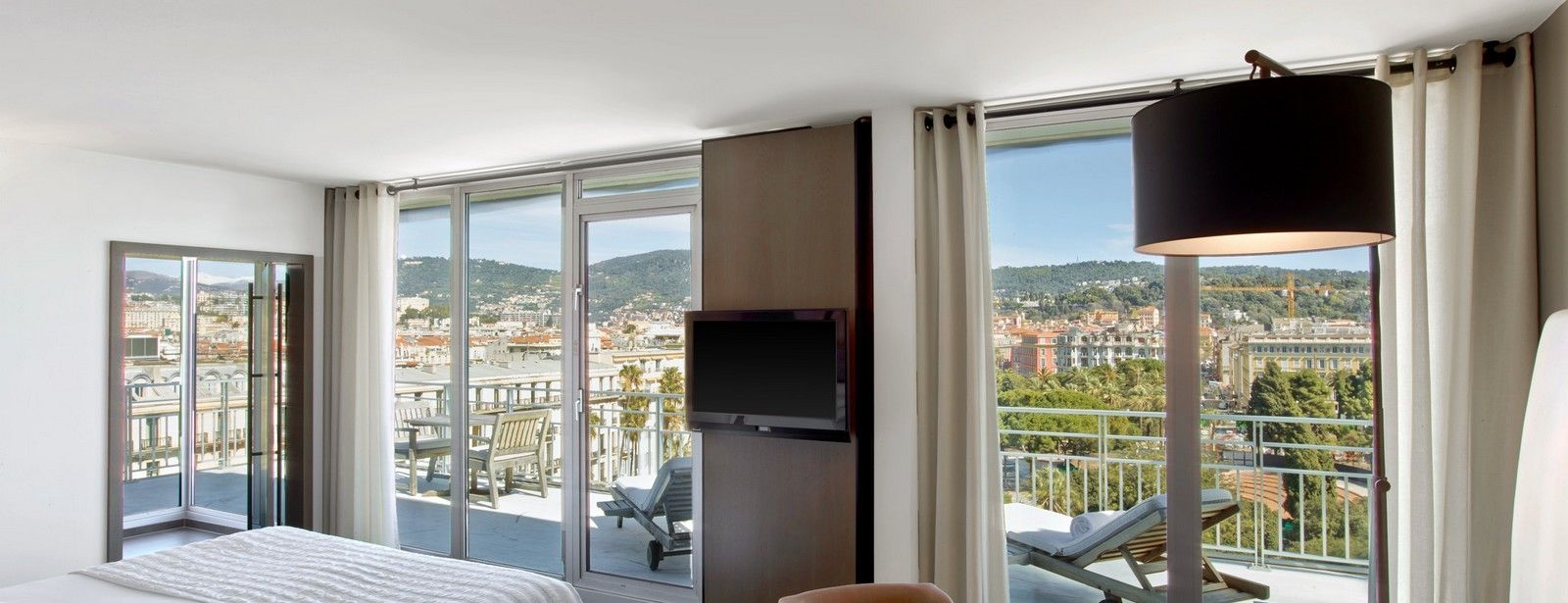 Junior Suite Gardens and Sea View In Le Meridien Nice